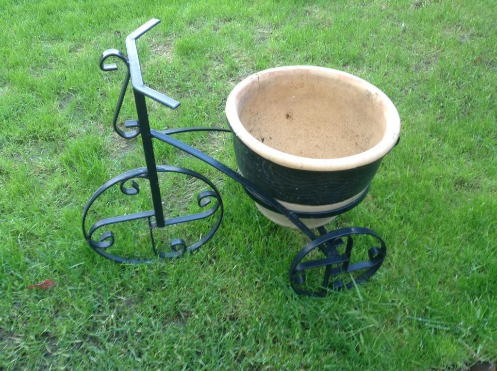 Metal Tricycle Garden Planter