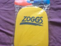 Brand new zoggs mini kickboard for age 5-12