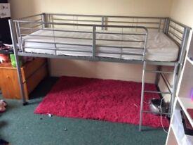 Single Bed (Mid Bunk)
