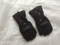 Thermal motorcycle gloves worn once with tags