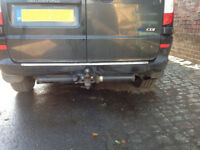 Mercedes Vito Viano genuine towing towbar electrics included breaking whole car all parts available.