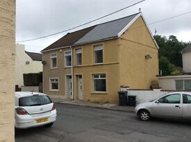 To let 3 bed house in Beaufort ebbw vale