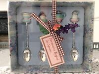 4 Decorative Topped Tea Spoons Boxed.