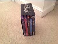 Pretty Little Liars box set Season 1-5