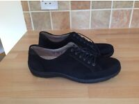 Ladies black suede trainer/walking shoes size 6 1/2