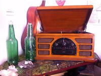 Pretty New Vintage Retro Record Player, works perfectly!