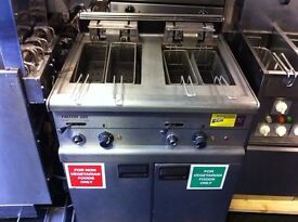 COMMERCIAL CATERING TWIN FRYER CAFE RESTAURANT FAST FOOD BBQ KEBAB CHICKEN TAKE AWAY KITCHEN BAR