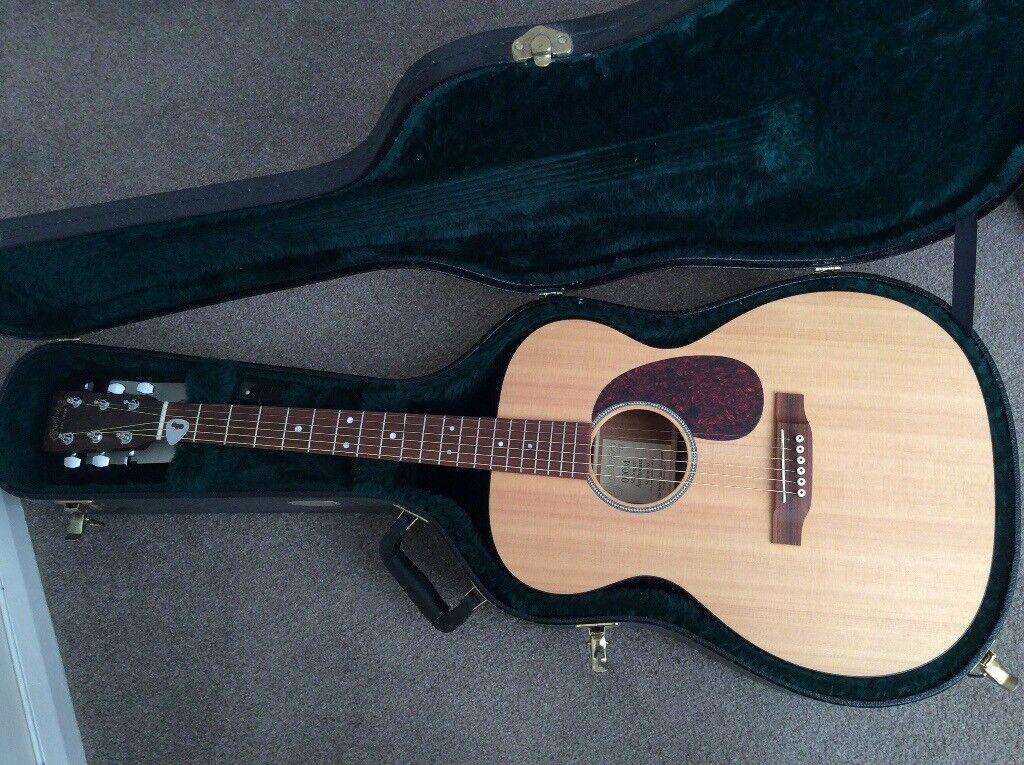 Martin 000M acoustic, mint