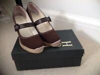 Hobbs Ladies sandals size 39/6 Brown