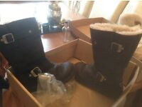 UGG BIKER BOOTS BLACK WITH BUCKLES