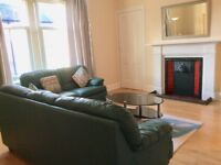 Immaculate one bedroom 1st floor flat in central Broughty Ferry