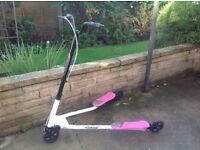 Fliker scooter....girl's in pink very good condition.