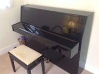 Yamaha C110 Piano