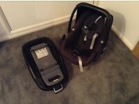 Maxi cosi car seat, isofix base and rain cover