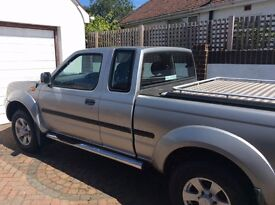 Nissan Navara King Cab , tow bar , Berg Top all in nice clean condition