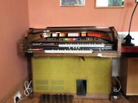 Electric Organ 'The Entertainer'