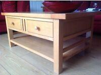 Solid Oak glazed Coffee table. ( Morris furniture )