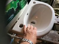 Small hand basin
