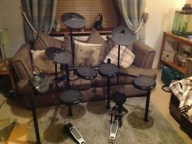 Alesis Nitro Electronic Drum Kit Bundle
