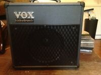 VOX VALVETRONIX FOR SALE ,HARDLY USED IN GREAT CONDITION.