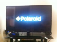 """Polaroid LED 32"""" TV with built in freeview"""