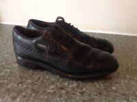 Golf shoes, men's, size 7