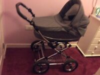 Baby style prestige travel system in new condition