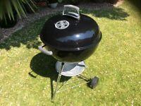 Weber 57cm full size Kettle barbecue