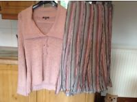 Per UNA skirt size 14 and FREE Debenhams Classic cardigan size 16. The whole set for only £3 !!!