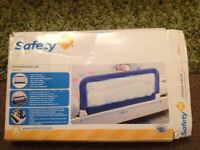 Safety 1st portable bed rail / bed guard