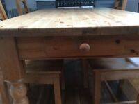 Solid Antique pine kitchen table + 6 chairs