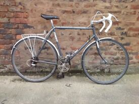 Dawes shadow Mens road racer racing bike, *postage available
