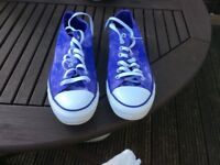 Ladies converse trainers