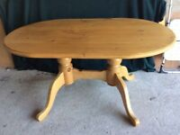 Good Quality Pine Dining Table & Matching Chairs