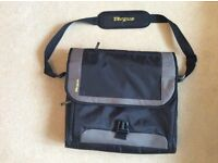 """TARGUS 17"""" LAPTOP BAG. Hardly used. Lots of pockets and holders. Other bags available...please ask."""