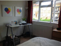 Sublet: Spacious Double Room in Dalston/Stokey (7-21 October)