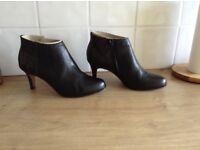Women's Clarks'Shoe Boots