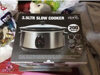 Slow cooker brand new boxed have 2