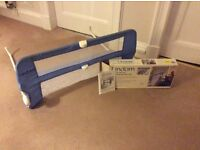 Lindam safe and secure soft folding bed rail (blue)