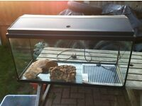 tank ideal for fish or reptiles has heat mat ect