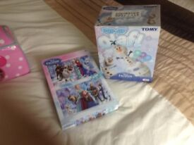 Frozen puzzle and pop up Olaf game