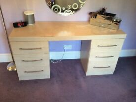 Bedroom suite. 3 door wardrobe, side table, 5 drawer chest, dressing table & free standing mirror