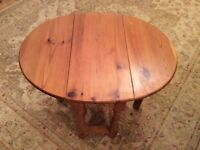 Coffee table, gate leg, small, pine