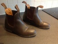Horse riding jodhpurs boots