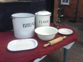 2 ENAMEL TIN BINS ALONG WITH A WASHING BOWL, TRAY AND PLATE AND VINTAGE MINCER