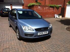 Ford Focus 1.6 LX ESTATE Low Mileage 12 Months MOT Very Clean
