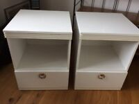 2 White bedside tables with drawer