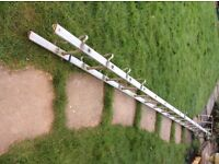 16 ft (4.8 m) Roof Ladder with Hook for Sale