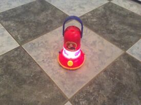 Fireman Sam torch/lantern with vehicle silhouette maker age 3+