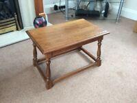 Coffee table. Solid oak.